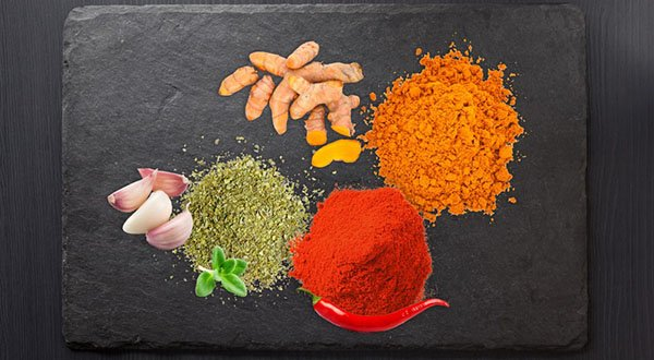 4-Cancer-Spices-Feature