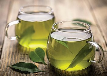 cup of green tea with EGCG for anti-cancer nutrition