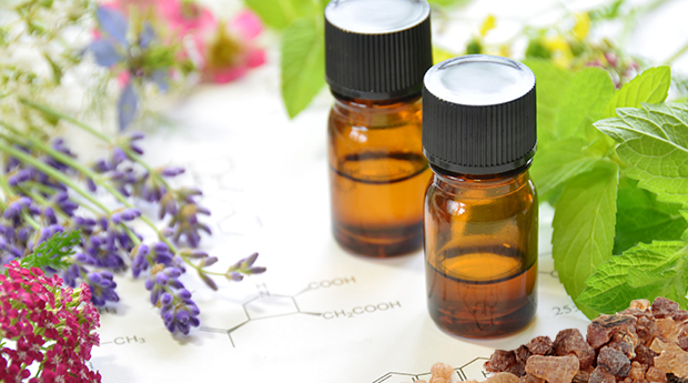 My 5 Favorite Cancer Fighting Essential Oils 5 Ways To Use Them