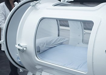 Hyperbaric oxygen therapy treatments improve oxygen supply, and improve cellular conditions which reduces the risk of cancerous growth