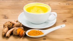 How to Make Turmeric Tea Part of Your Anti-Cancer Diet (Recipe)