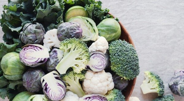 bowl of kale and cruciferous vegetables