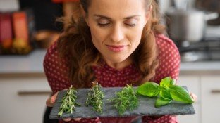 The Healing Garden: Top 10 Culinary Herbs for Preventing & Healing From Cancer