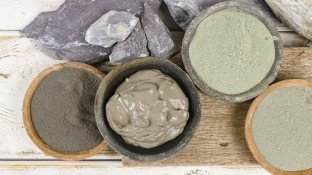 Discover the Healing (and Detoxifying) Power of Bentonite Clay!